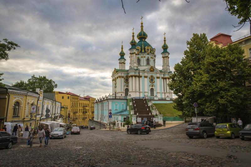 Андріївський узвіз: творчість і... море - md-ukraine.com